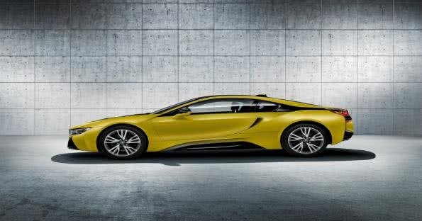 BMW i8 Protonic Frozen Yellow side view