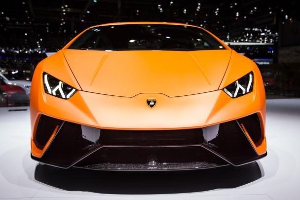 Lamborghini Huracán Performante front view at 2017 Shanghai Auto Show