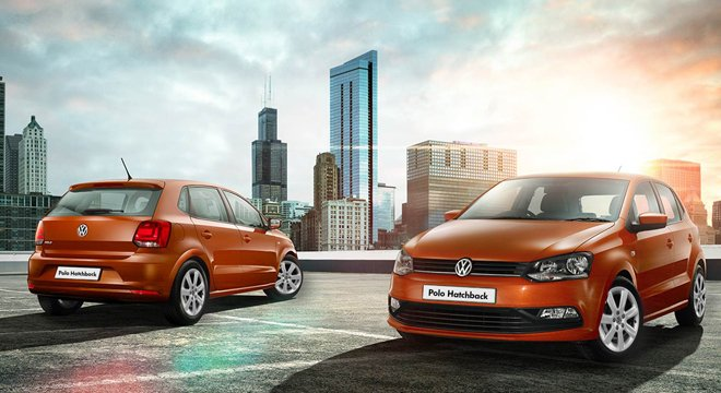 Volkswagen Polo angular front and rear view