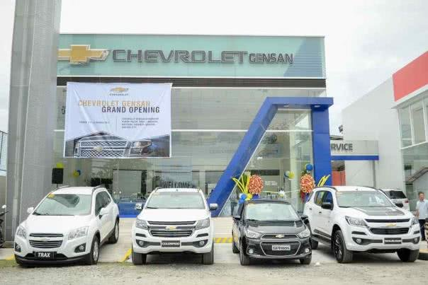 4 Chevrolet parking in front of the new dealership in Gensan