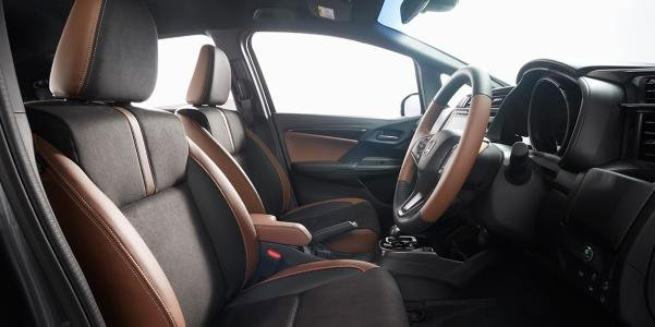 2017 Honda Jazz facelift's cabin