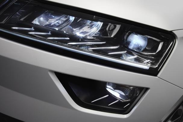 2017 Skoda Karoq's LED headlights