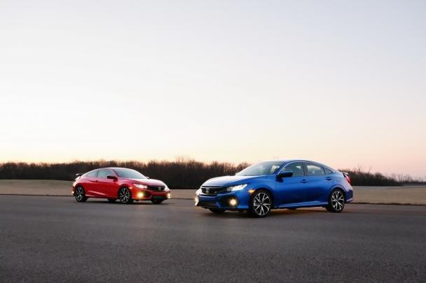 2017 Honda Civic Si coupe and sedan