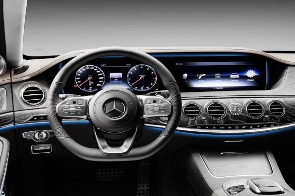 The Mercedes S350d's interior
