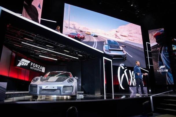 2018 Porsche 911 GT2 RS and a man on stage