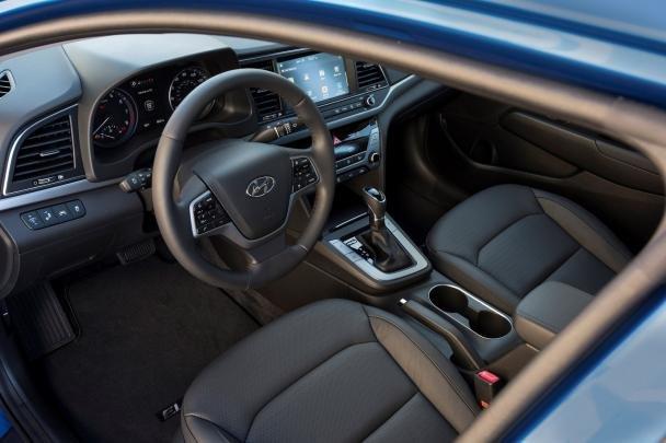 Cabin of the 2018 Hyundai Elantra
