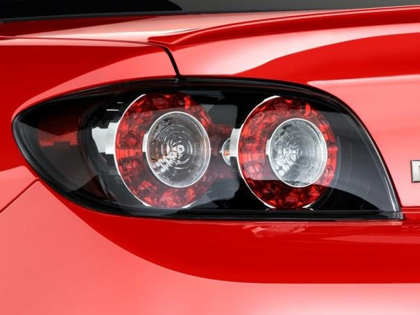 Mazda RX-8's tail lights