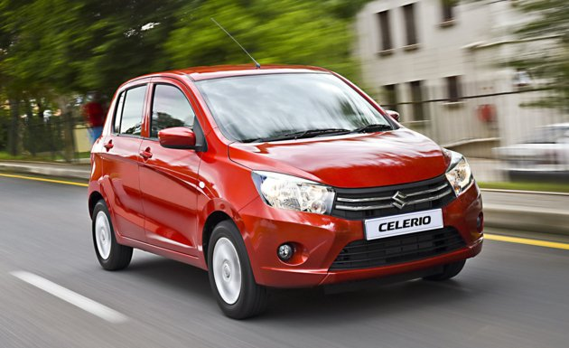 Red Sukizi Celerio angular front view