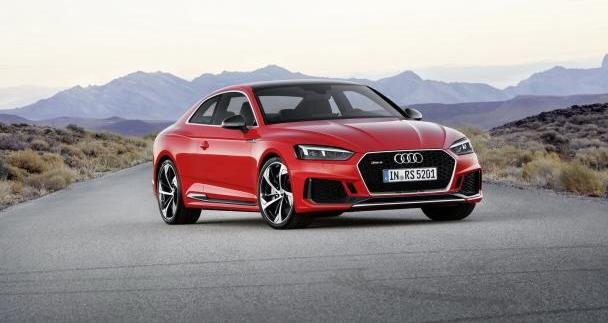 angular front of the 2017 Audi RS5