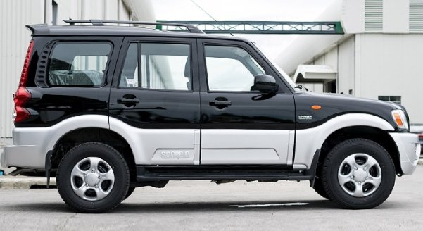 A black Mahindra Scorpio Floodbuster side view