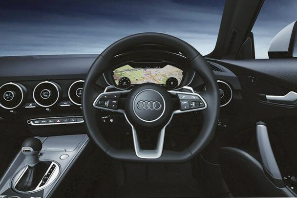 Dashboard fascia of the Audi TT 1.8 Lighting Style Edition