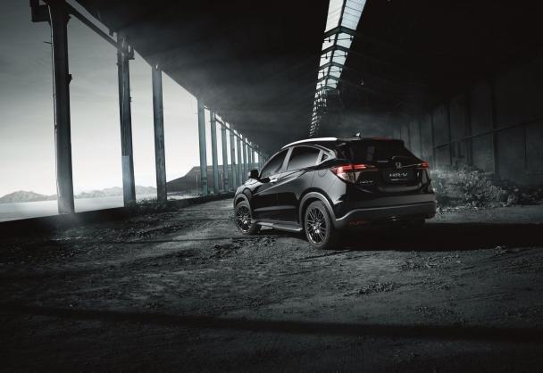 angular rear of the Honda HR-V Black Edition