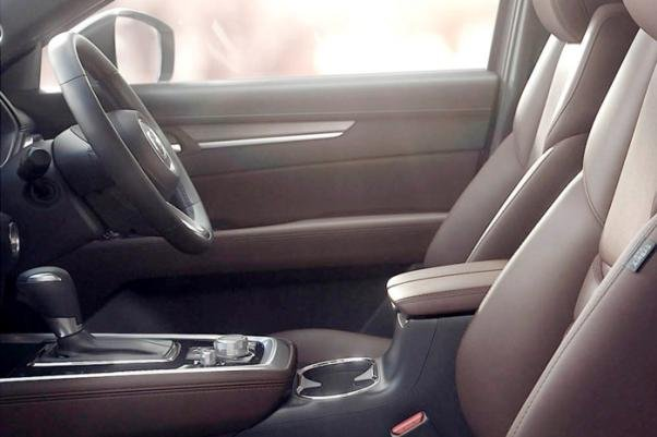 Mazda CX-8's driving cabin
