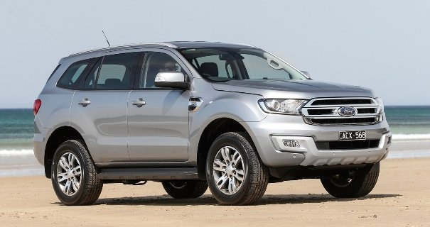 A silver Ford Everest angular front view