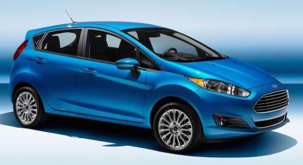 A blue 2017 Ford Fiesta side view
