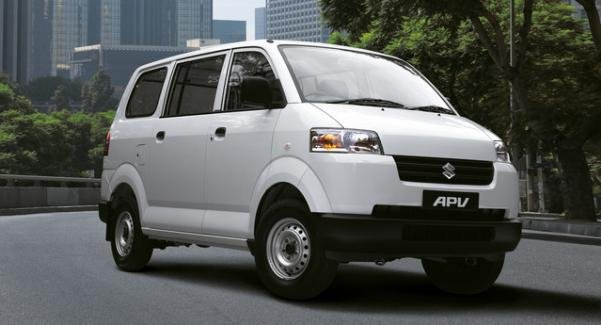 angular front of the Suzuki APV