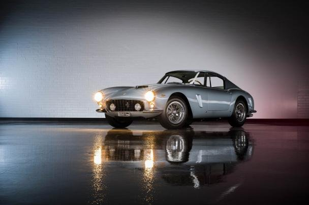 angular front of the 250 GT SWB Berlinetta