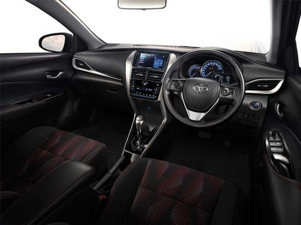 Interior of the 2018 Toyota Yaris Ativ
