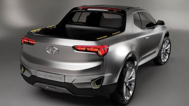 rear view of the Hyundai Santa Cruz concept