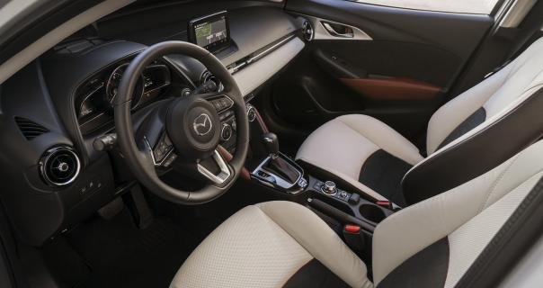 interior of the Mazda CX-3 2018