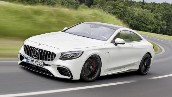 the 2018 Mercedes-AMG S63 Coupe on the road