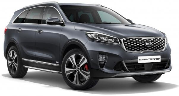 angular front of the facelifted Kia Sorento