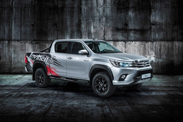 A Silver Toyota Hilux Invincible 50 angular front view