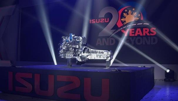 new Isuzu engine on display at it 20th anniversary gala