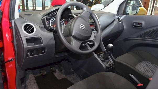 Suzuki Celerio X interior