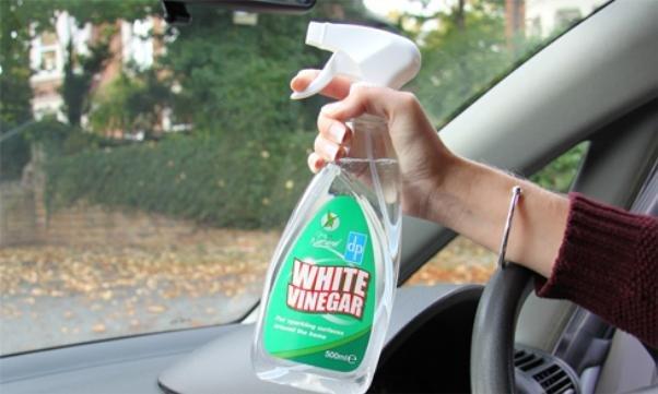 Using vinegar to clean car