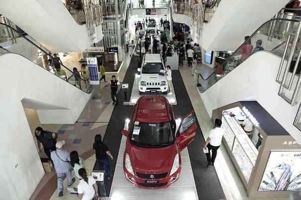 Car displays at Suzuki AutoFest 2017