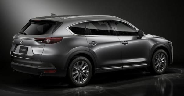 angular rear of the Mazda CX-8 2018