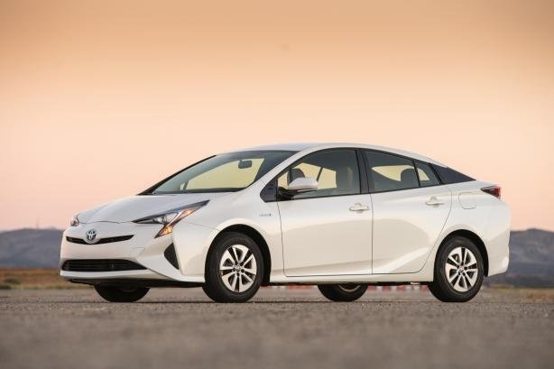 The 2017 Version Of Toyota Prius Has Become World Hybrid Best Ing Car With Nearly 4 Million Units Sold