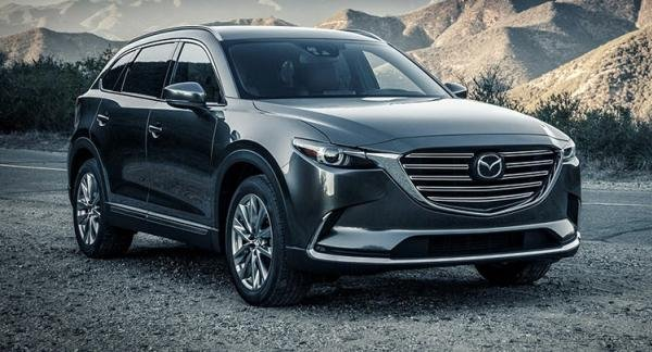 Angular front of a grey Mazda CX-9 2017