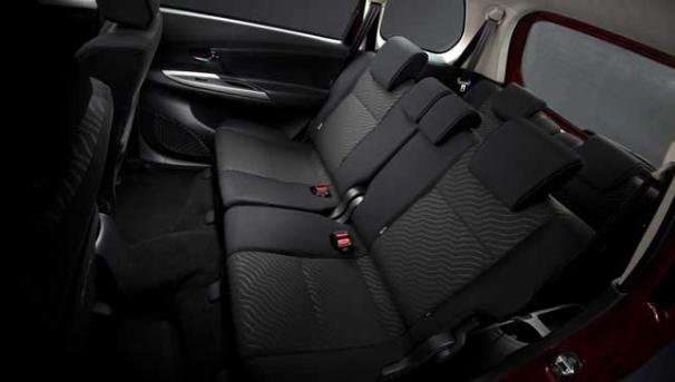 Toyota Avanza Veloz 2018 back seats