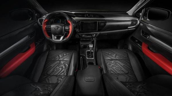 The Toyota Hilux 2018 interior
