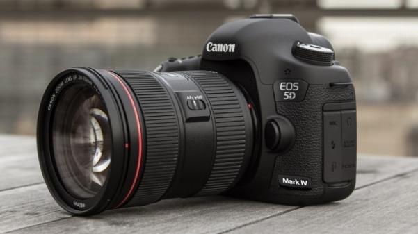 A canon eos 5D