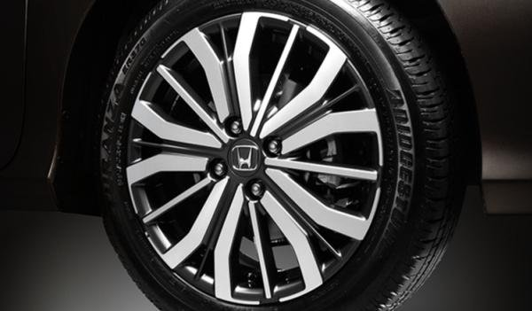 Honda City 2018 alloy wheel