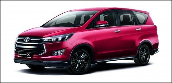 Toyota Innova 2.0X 2018 angular front