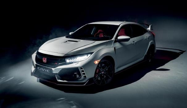 Angular front of a Honda Civic Type R