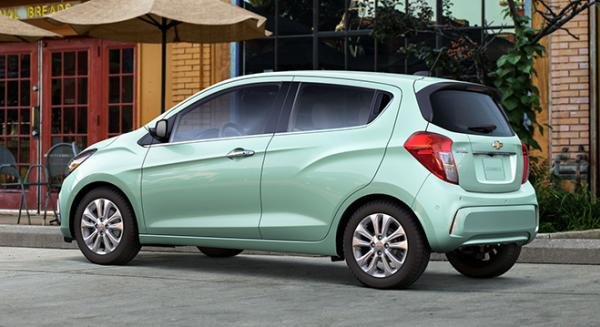 The Chevrolet Spark 2018 on the street