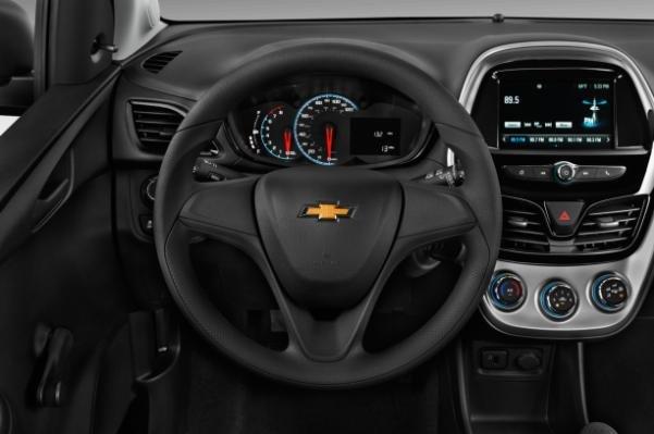 Chevy Spark 2018 steering wheel