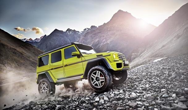 The Mercedes G500 4×4² on the road