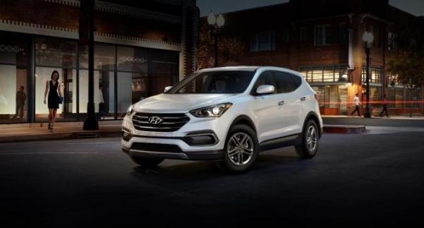 Hyundai Santa Fe Sport angular front