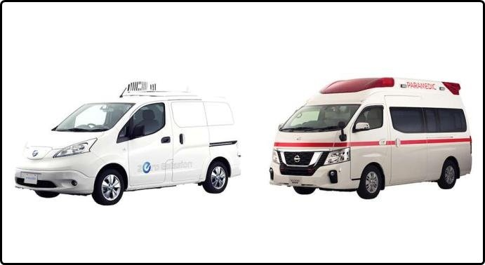 Angular front of the Nissan NV350 Paramedic 2018 and the Nissan e-NV200 Fridge 2018