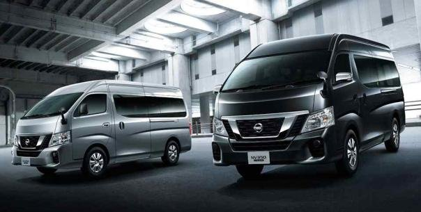 Angular front of 2 Nissan NV350 Urvan Premium 2018