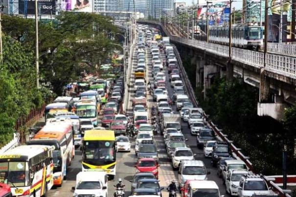 Metro Manila highway traffic congestion
