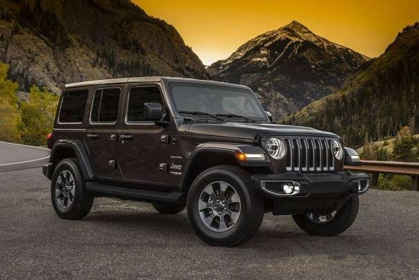 Angular front of a Jeep Wrangler 2018