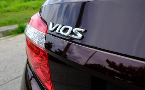 The taillight of a Toyota Vios 2018