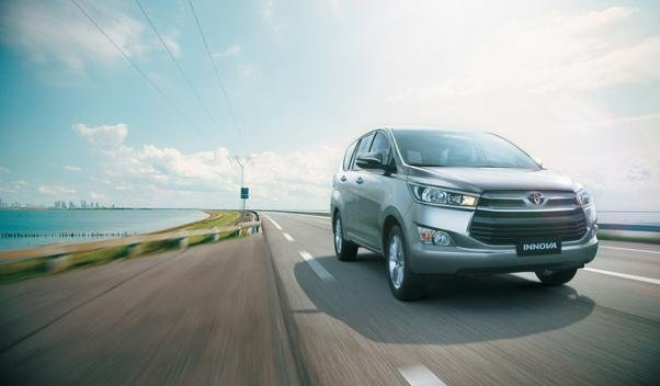 Toyota Innova 2018 on the road